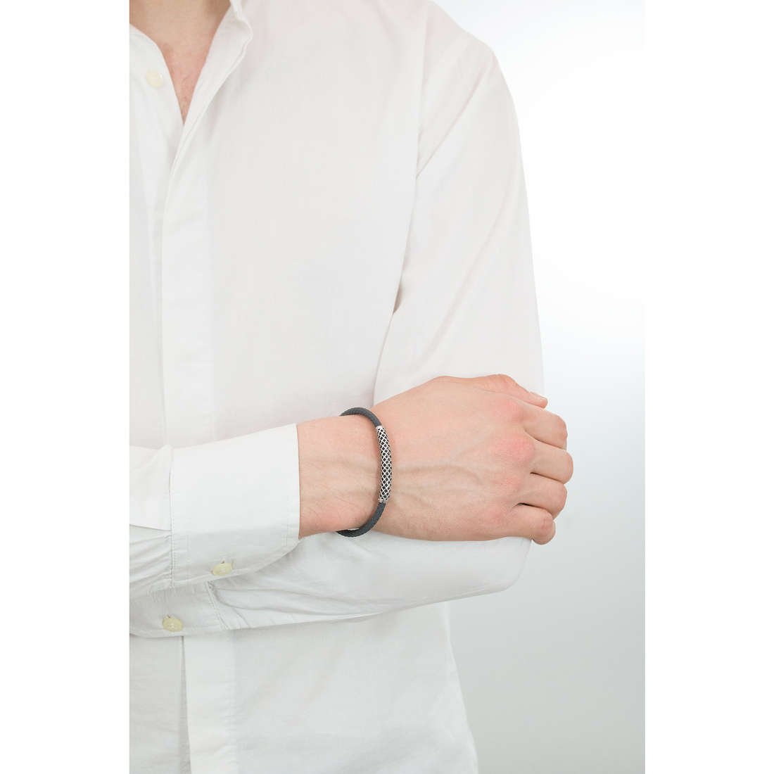 Comete bracciali Net uomo UBR 622 indosso