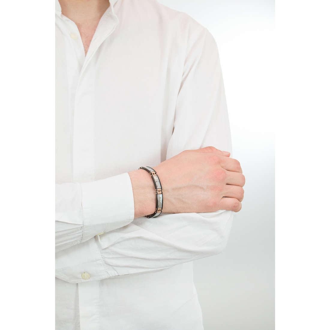 Comete bracciali Traguardi uomo UBR 682 indosso
