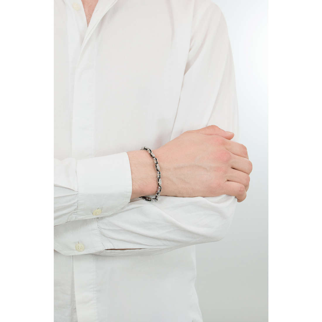 Comete bracciali Traguardi uomo UBR 734 indosso