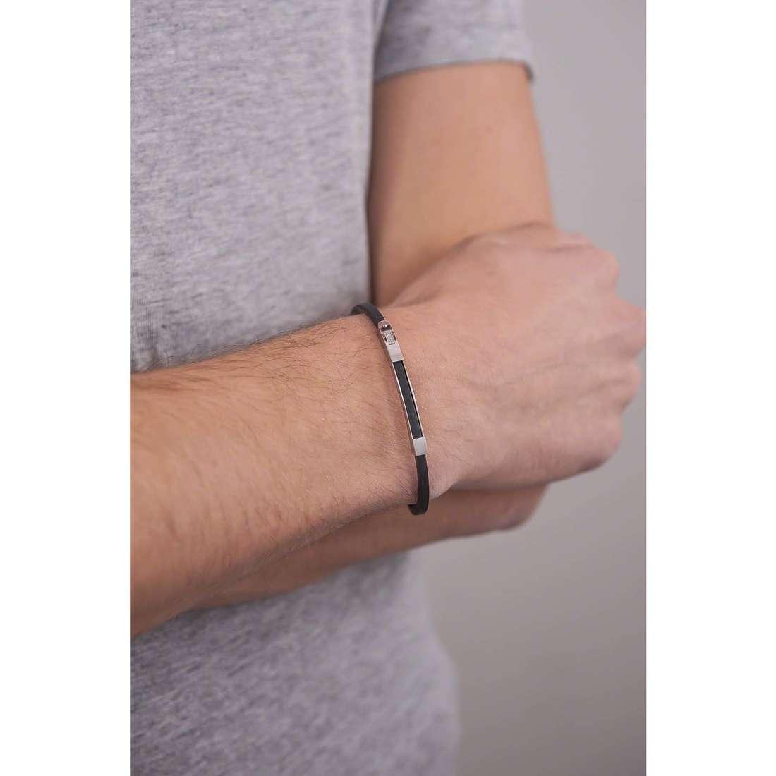Comete bracciali Lux uomo UBR 575 indosso