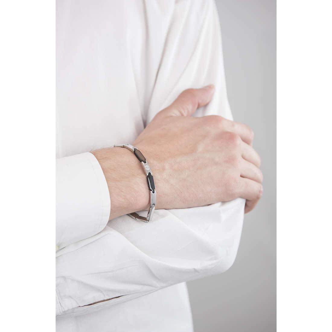 Luca Barra bracciali uomo LBBA556 indosso