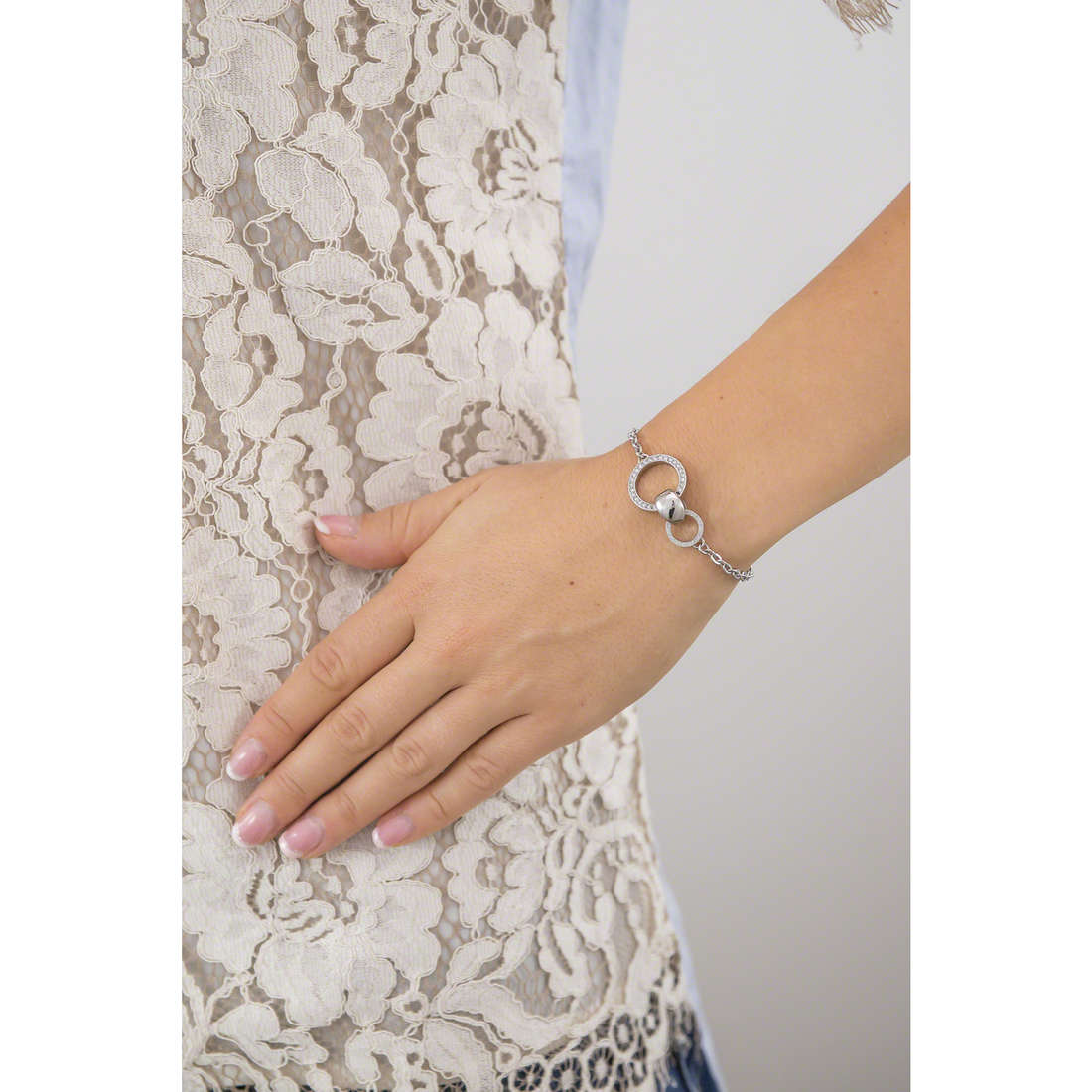 Breil bracelets Breilogy femme TJ1688 indosso