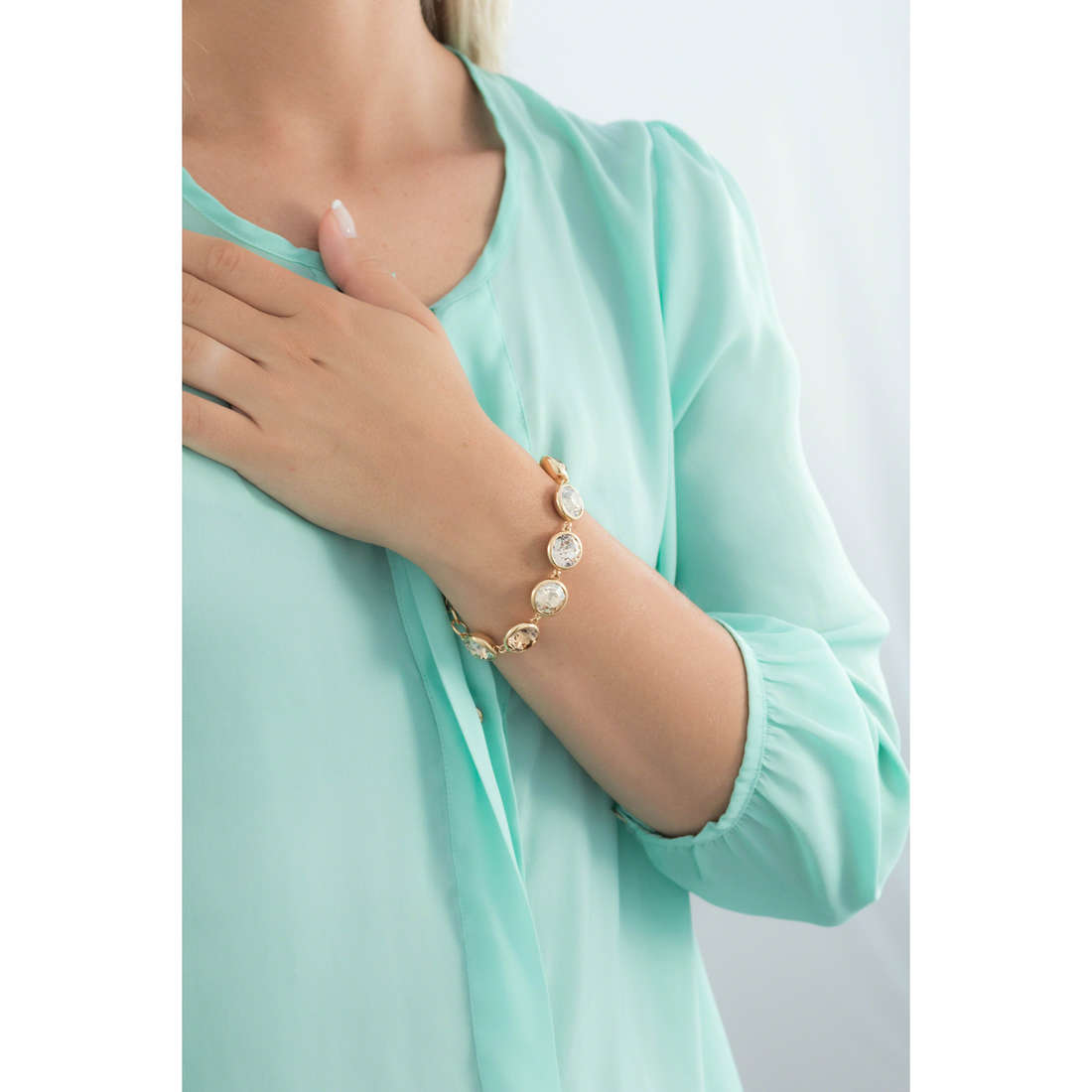 Brosway bracelets B-Tring femme BTN49 indosso