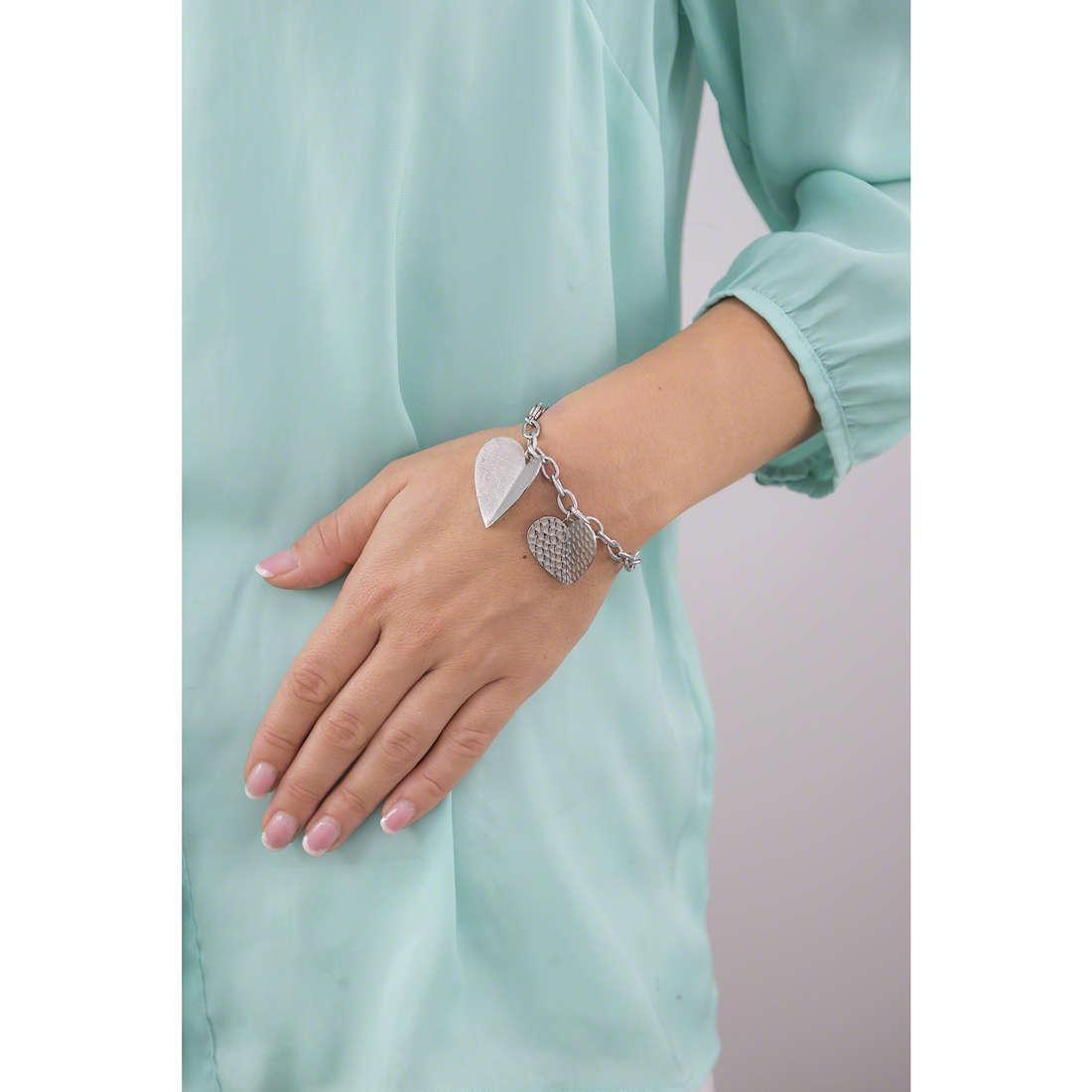 Brosway bracelets Heart Beat femme BHB12 indosso