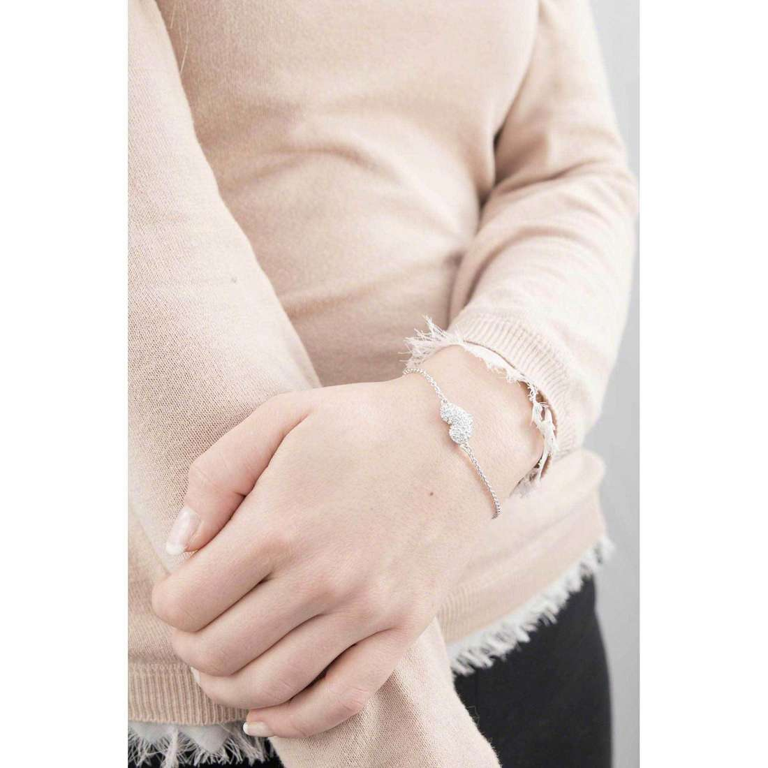 Guess bracelets basic instinct femme UBB51488 indosso