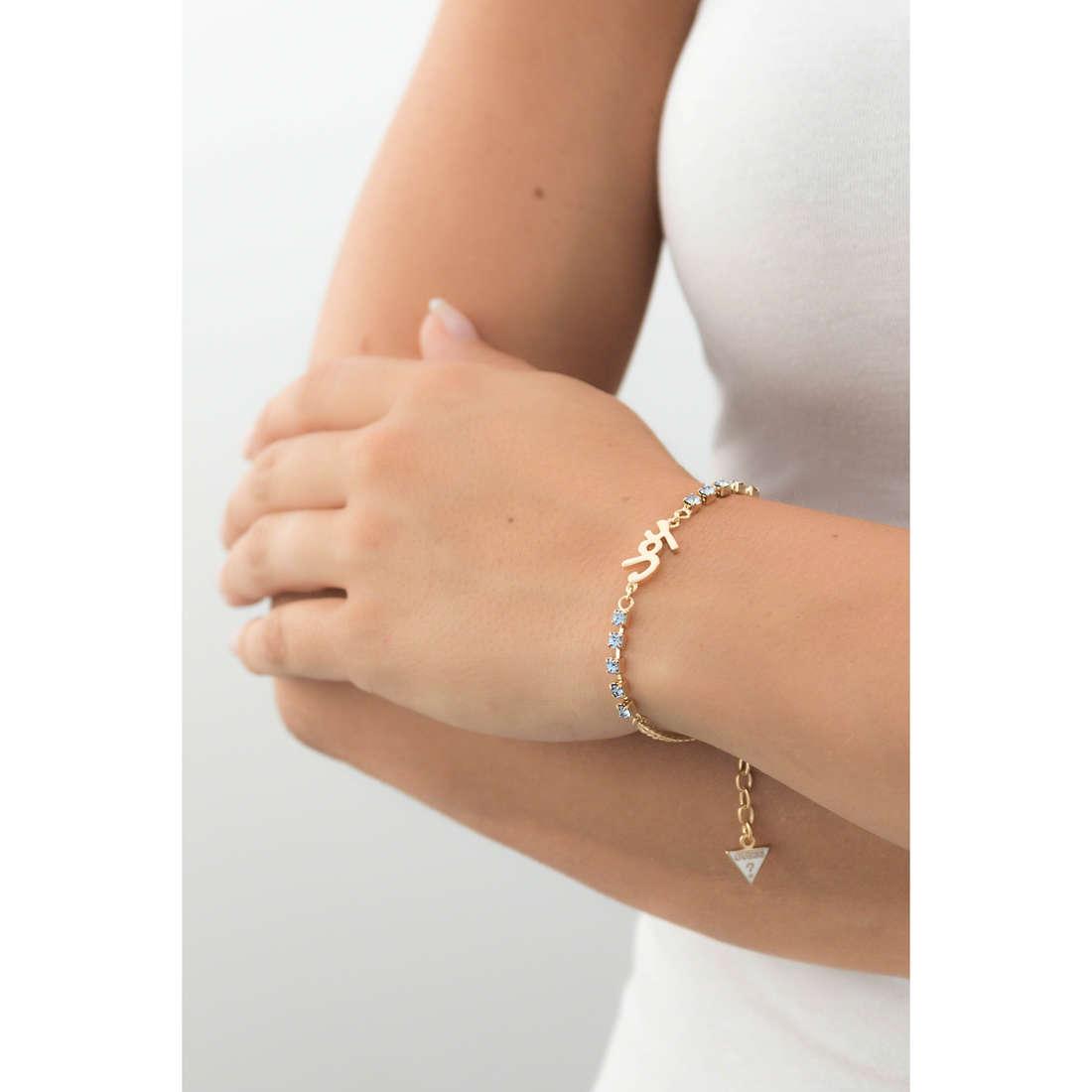Guess bracelets femme UBB61002-S indosso
