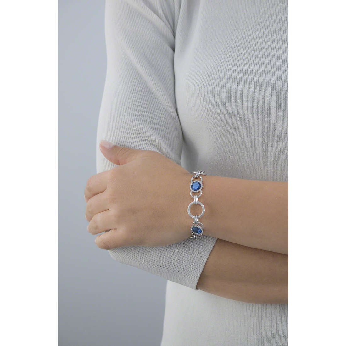 Morellato bracelets Essenza femme SAGX09 photo wearing