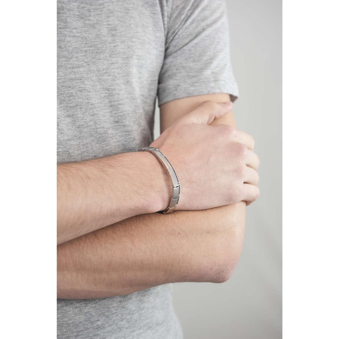 Breil bracelets Joint homme TJ1272 indosso