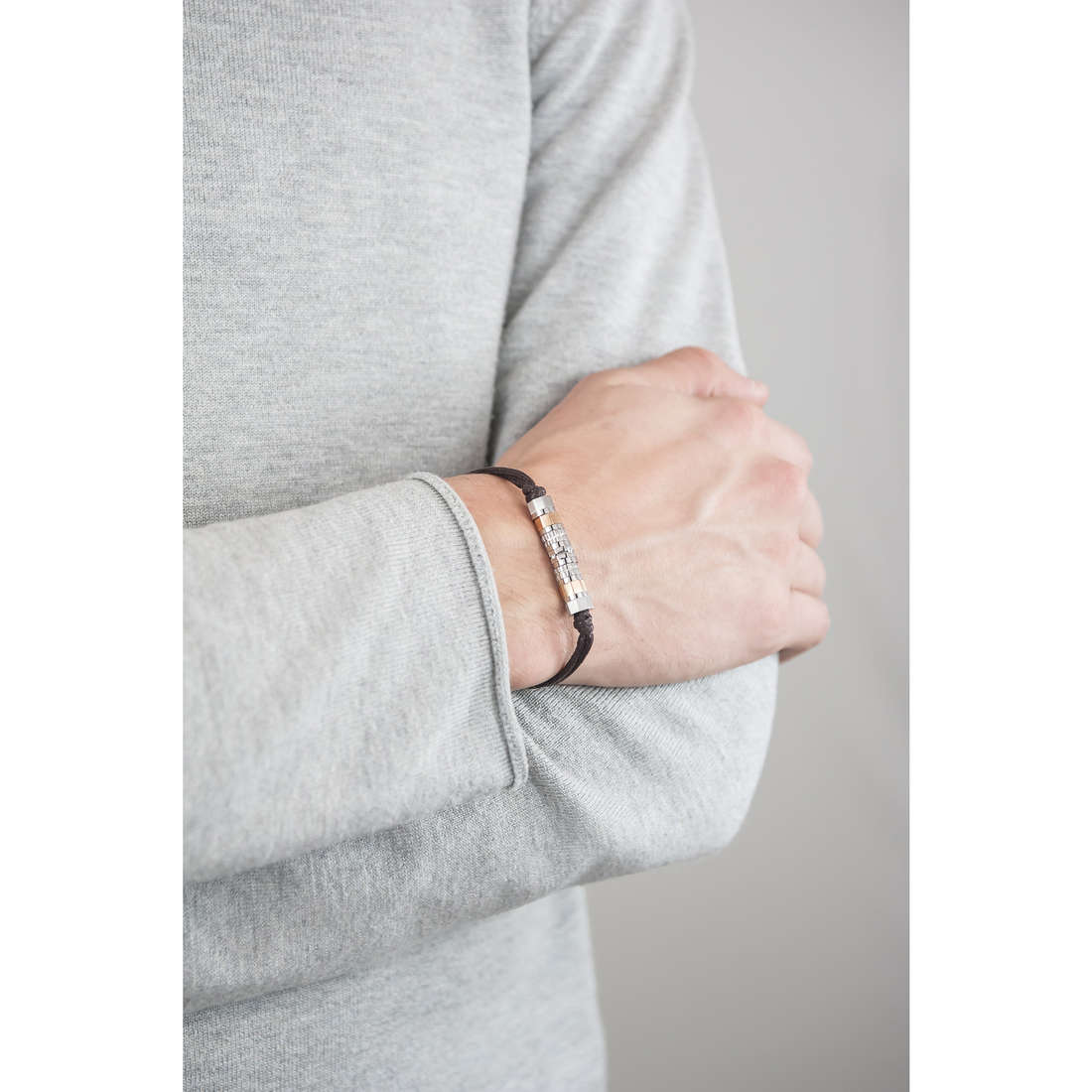 Brosway bracelets Octagons homme BOC02 indosso
