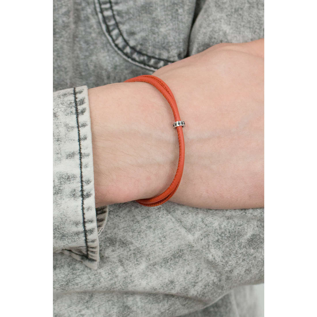 Comete bracelets Fahrenheit homme UBR 599 photo wearing