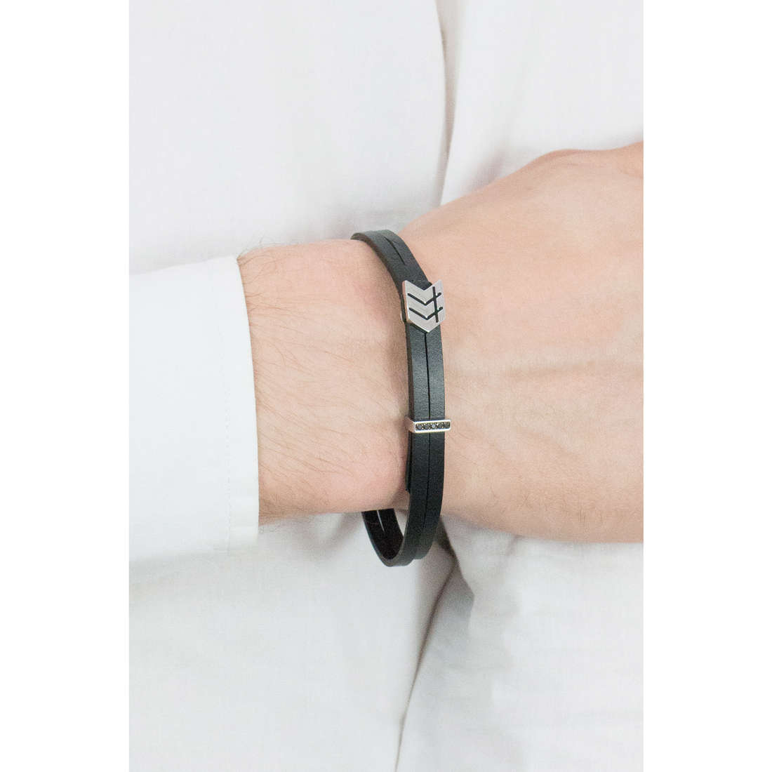 Nomination bracelets Metropolitan homme 026704/008 photo wearing