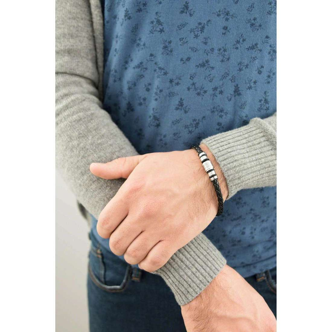 Sector bracelets Impact homme SLI41 indosso