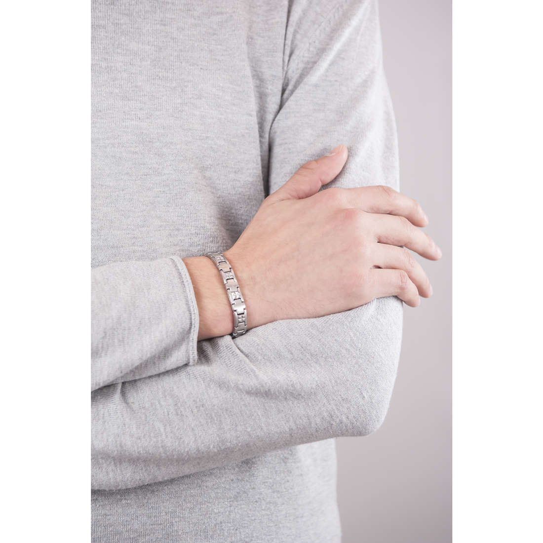 Breil bracelets Endorse man TJ1658 indosso
