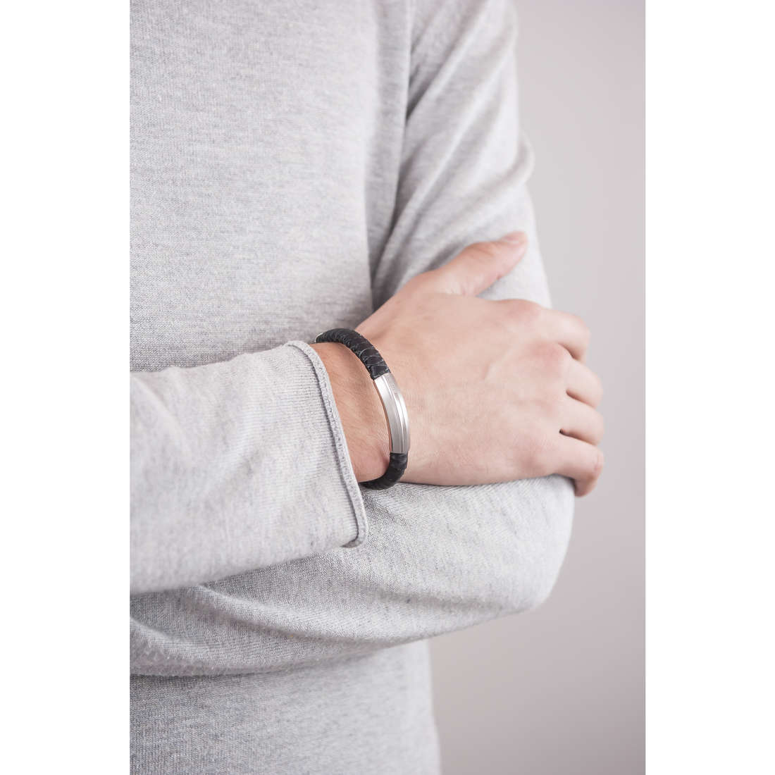 Breil bracelets Thorn man TJ1760 indosso