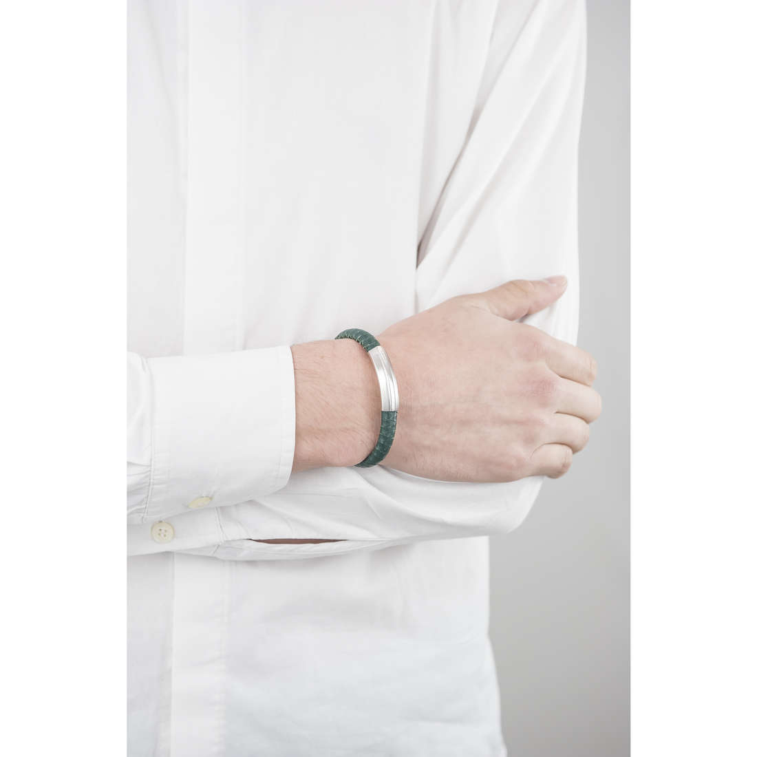 Breil bracelets Thorn man TJ1762 indosso