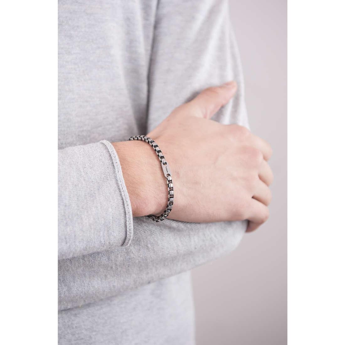 Breil bracelets man TJ1945 indosso