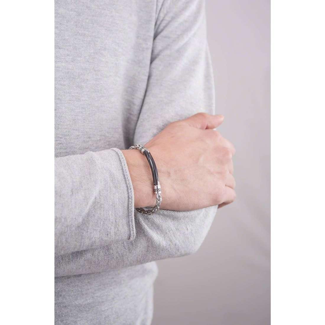 Brosway bracelets Cheyenne man BCY21 indosso