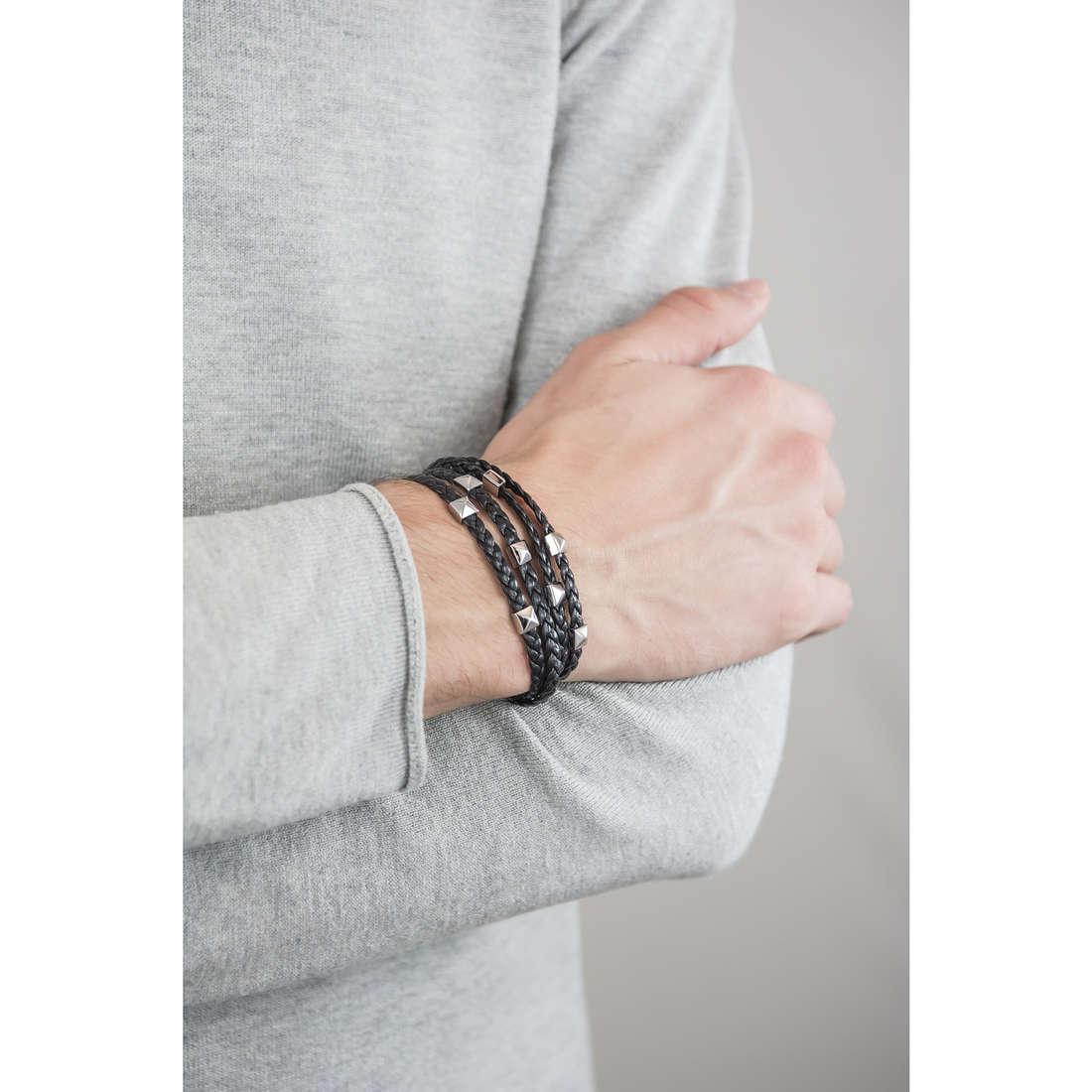 Brosway bracelets Shadow man BHW11 indosso