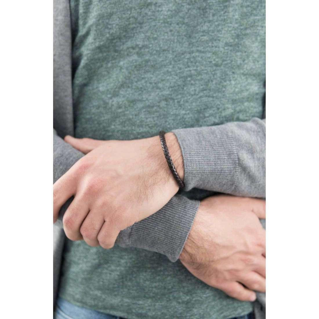 Brosway bracelets Tail man BTI03 indosso