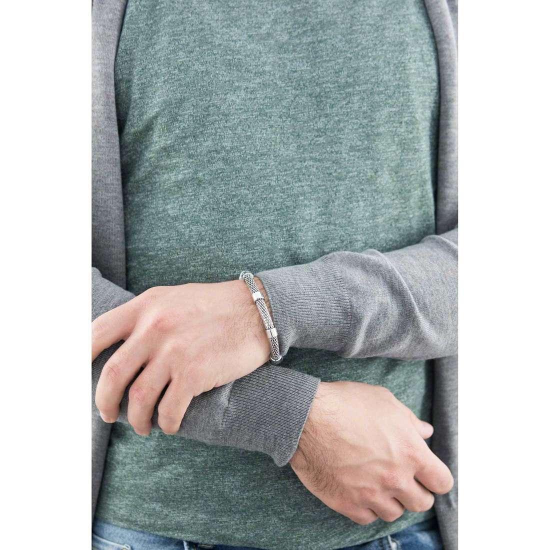 Brosway bracelets Worm man BWM11 indosso
