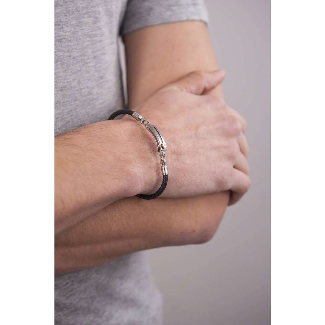 Comete bracelets Cambio man UBR 681 indosso