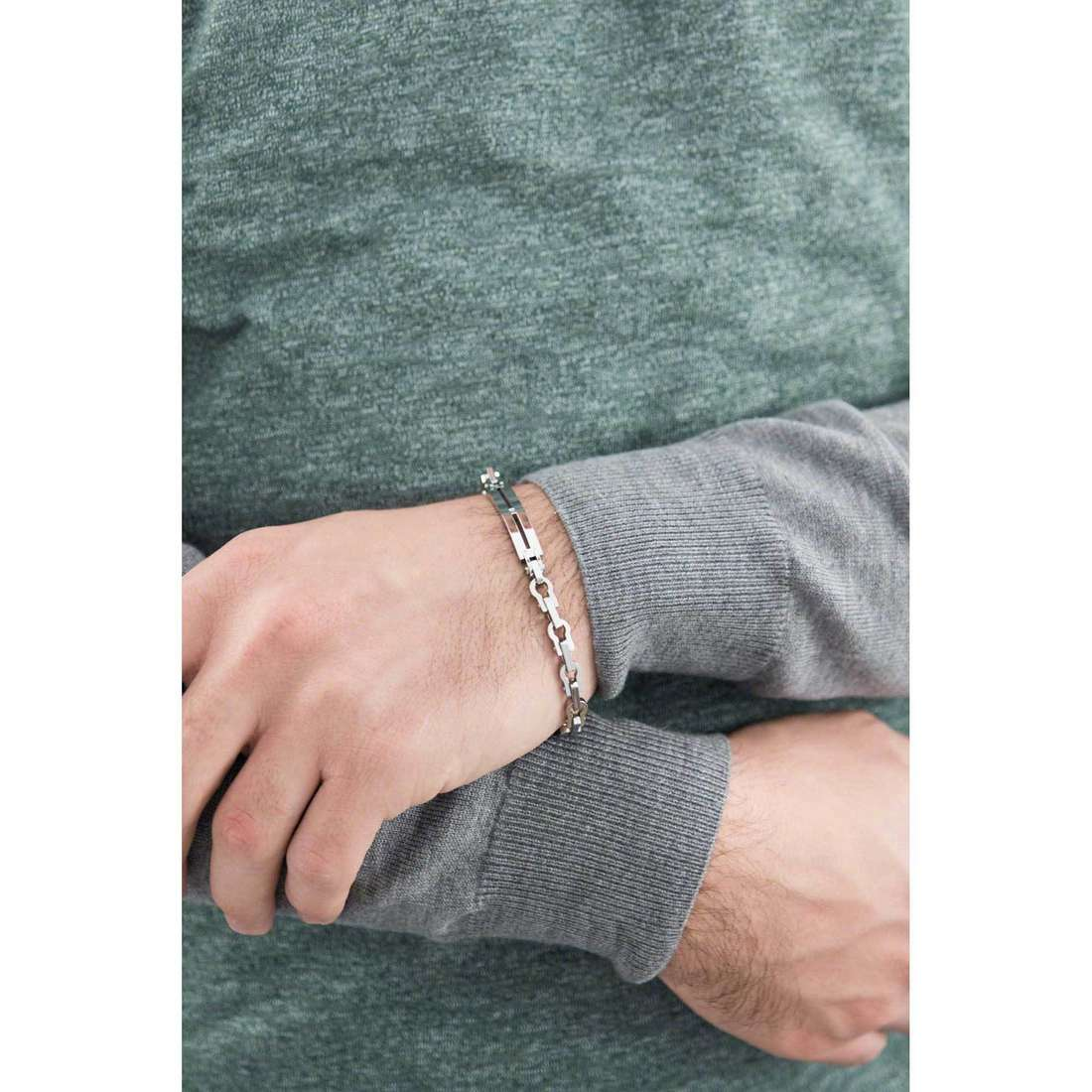 Comete bracelets Zero man UBR 578 indosso