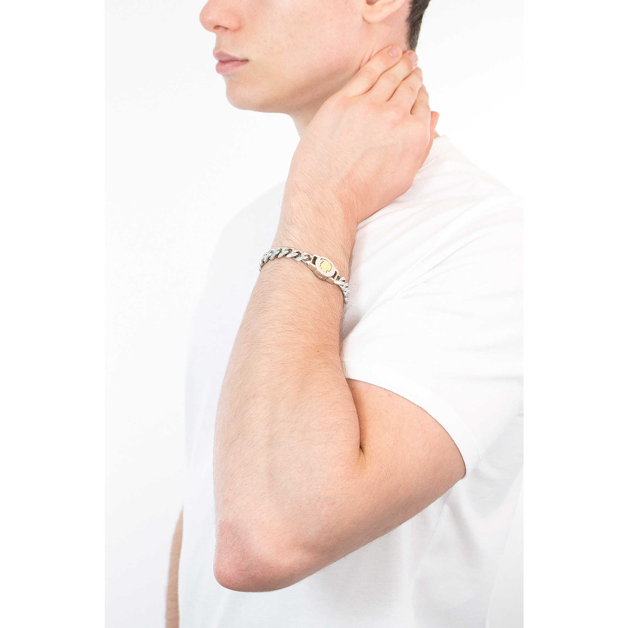 bracelet man jewellery Diesel Steel DX1124040. zoom · Diesel bracelets  Steel man DX1124040 photo wearing. zoom 56536e1983a0