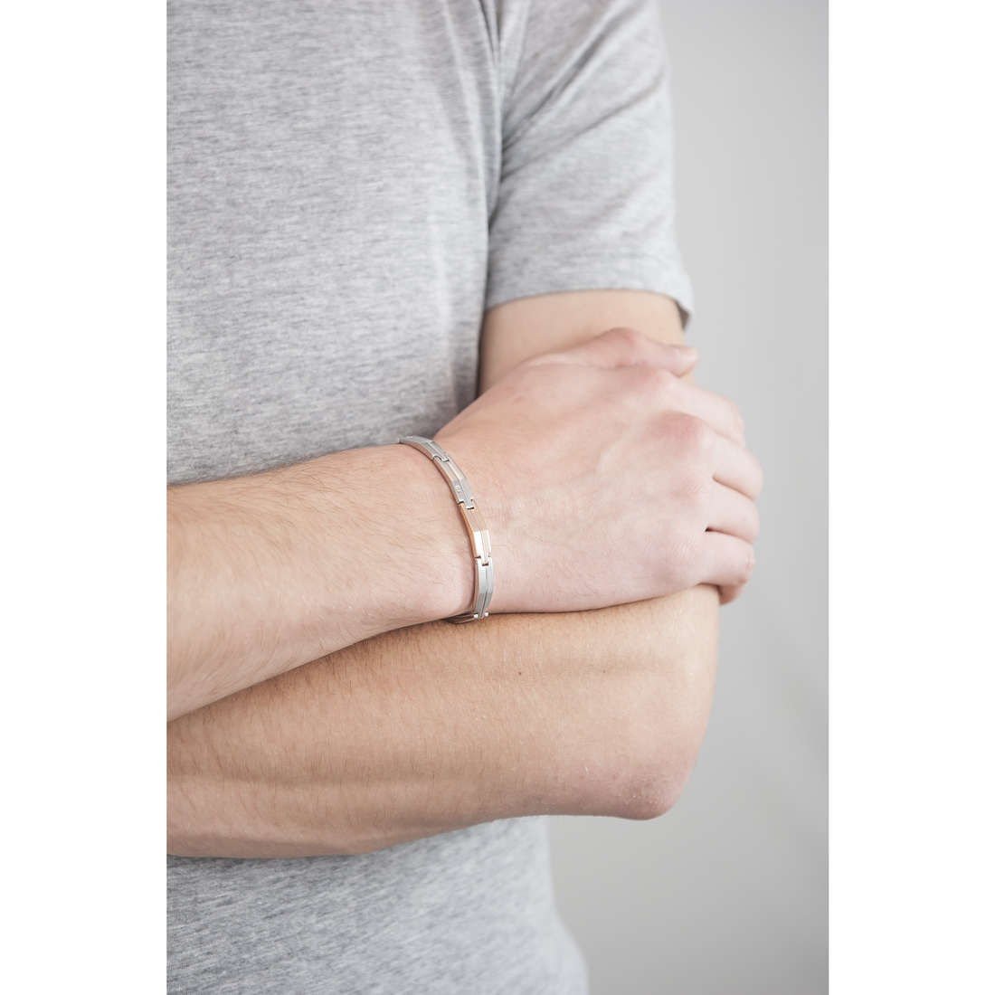 Morellato bracelets Cross man SKR02 indosso