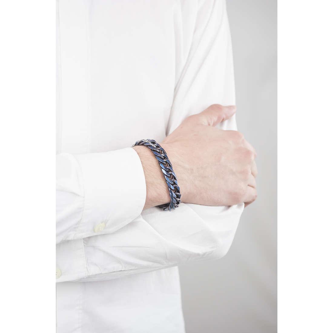 Police bracelets Proof man S14AGT03B indosso