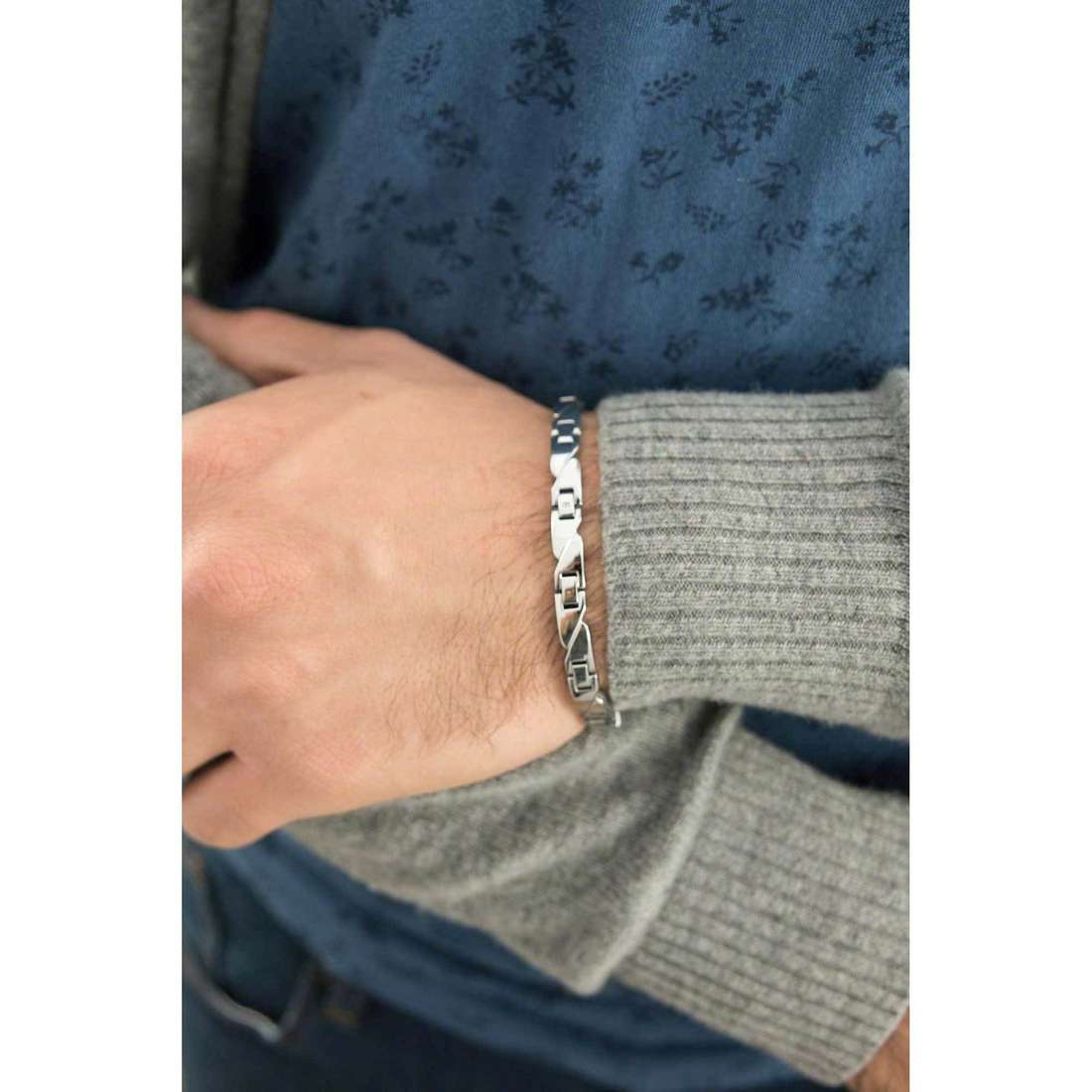 Sector bracelets Basic man SLI59 indosso