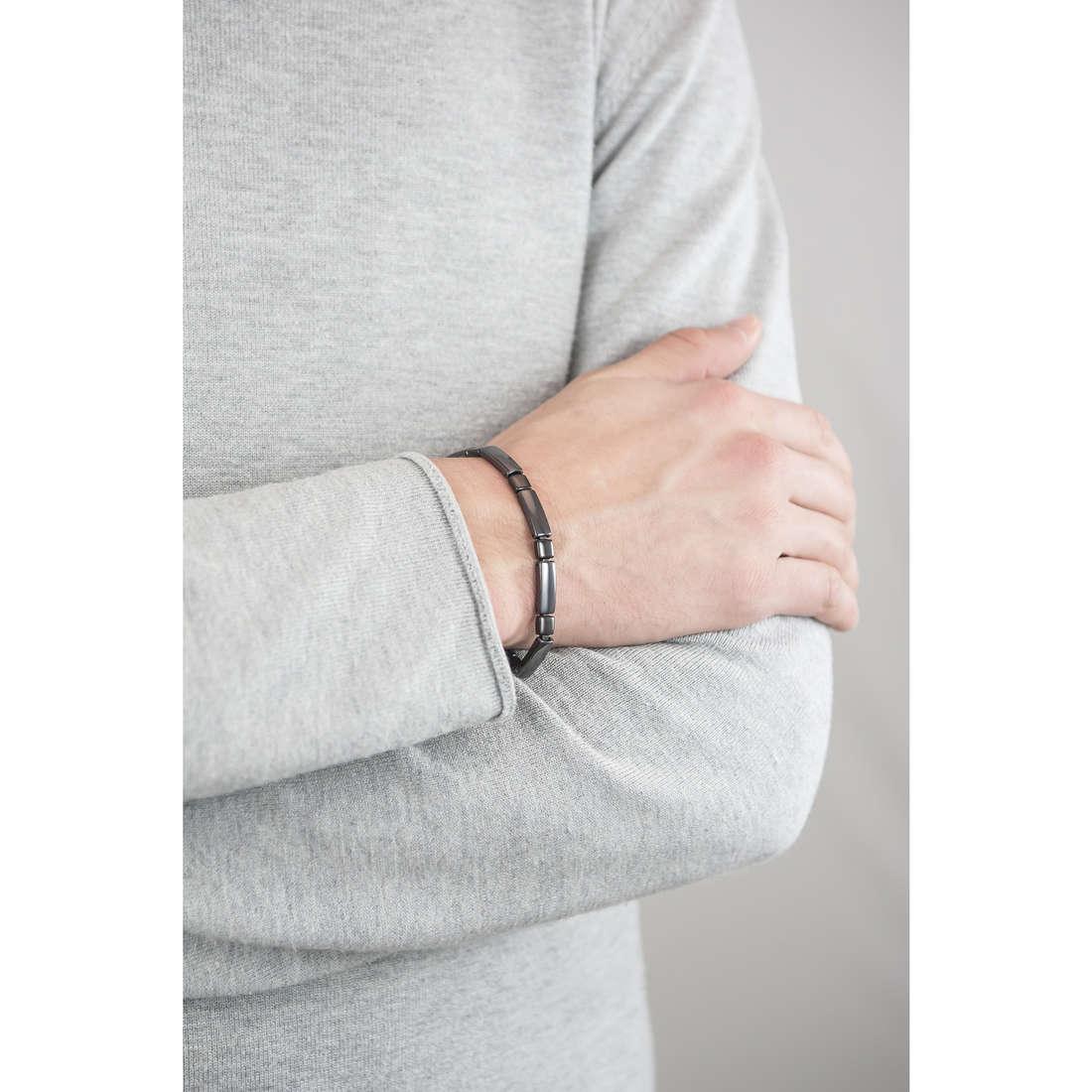 Sector bracelets Ceramic man SAFR04 indosso
