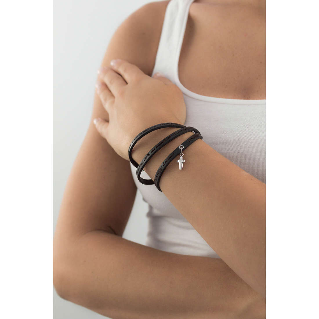 Amen bracelets Padre Nostro Italiano woman AC-PNIT02-C-57 indosso