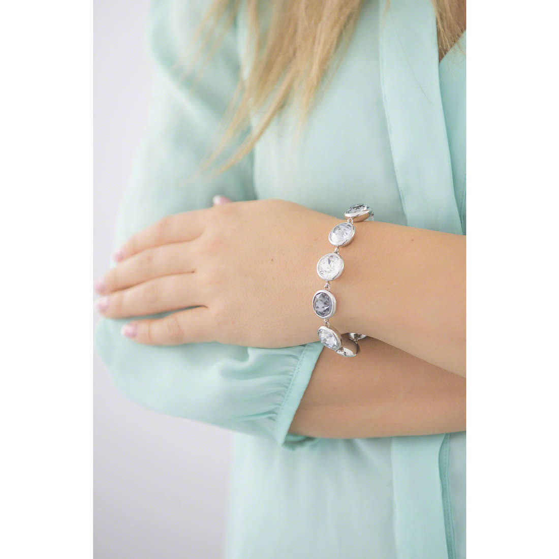 Brosway bracelets B-Tring woman BTN47 indosso