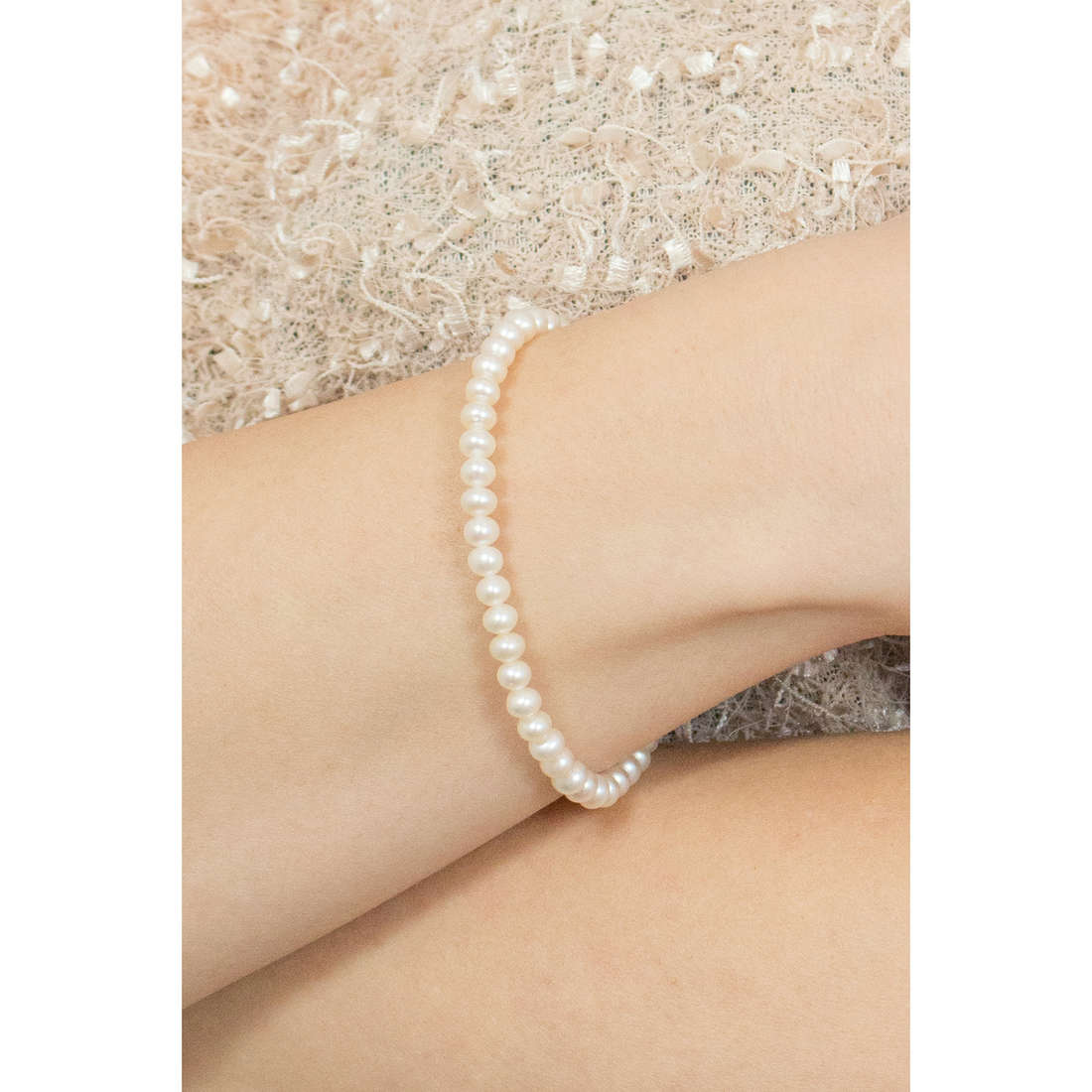 Comete bracelets Easy Basic woman BRQ 109 AM indosso