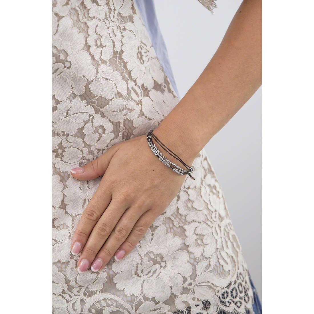 Fossil bracelets woman JA6379040 indosso