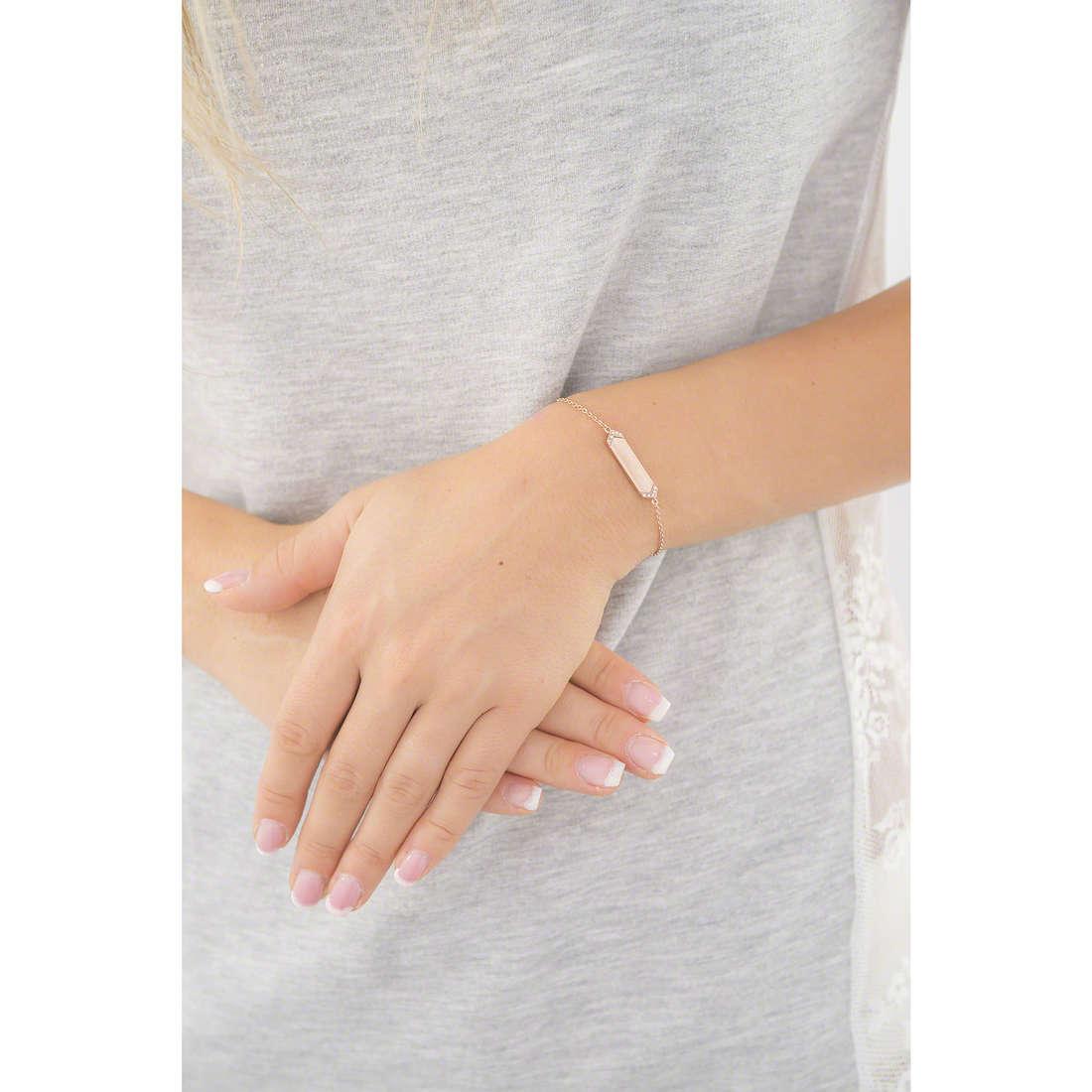 Fossil bracelets Vintage Glitz woman JF02437791 indosso