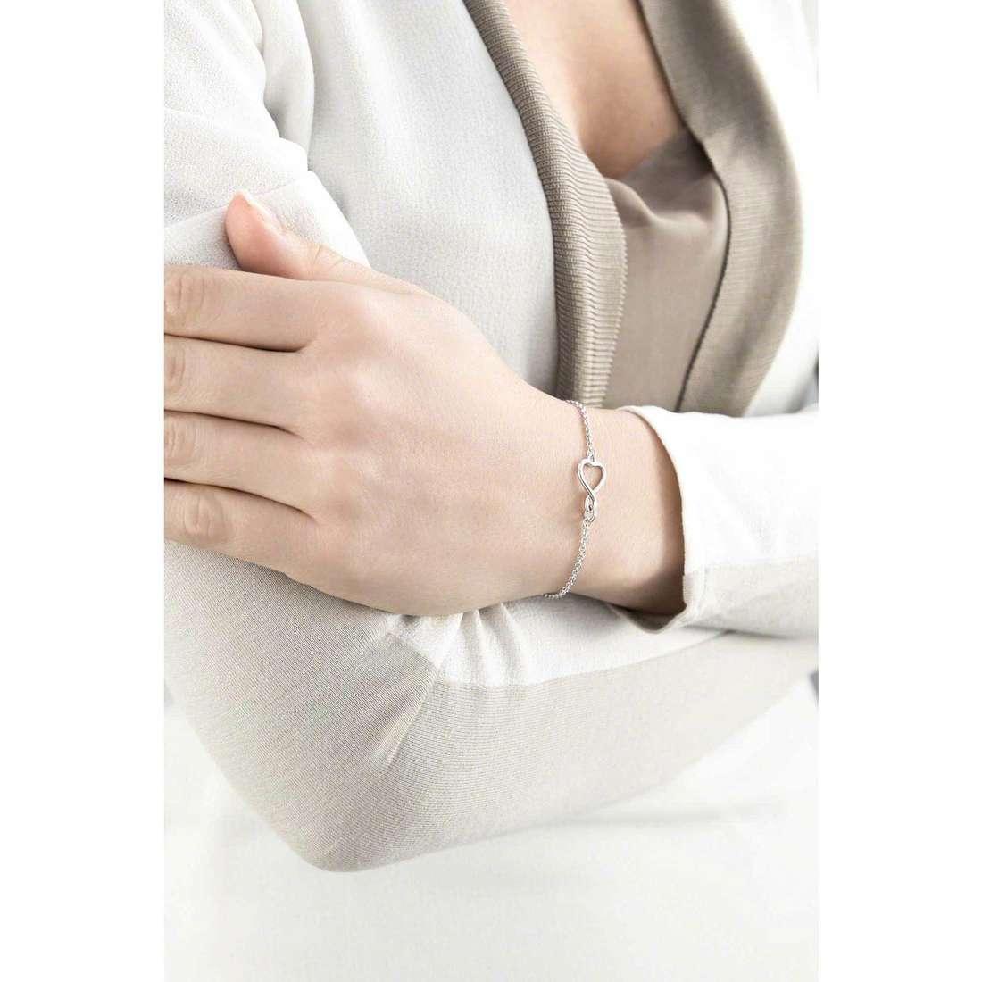 Guess bracelets Amour woman UBB61049-S indosso
