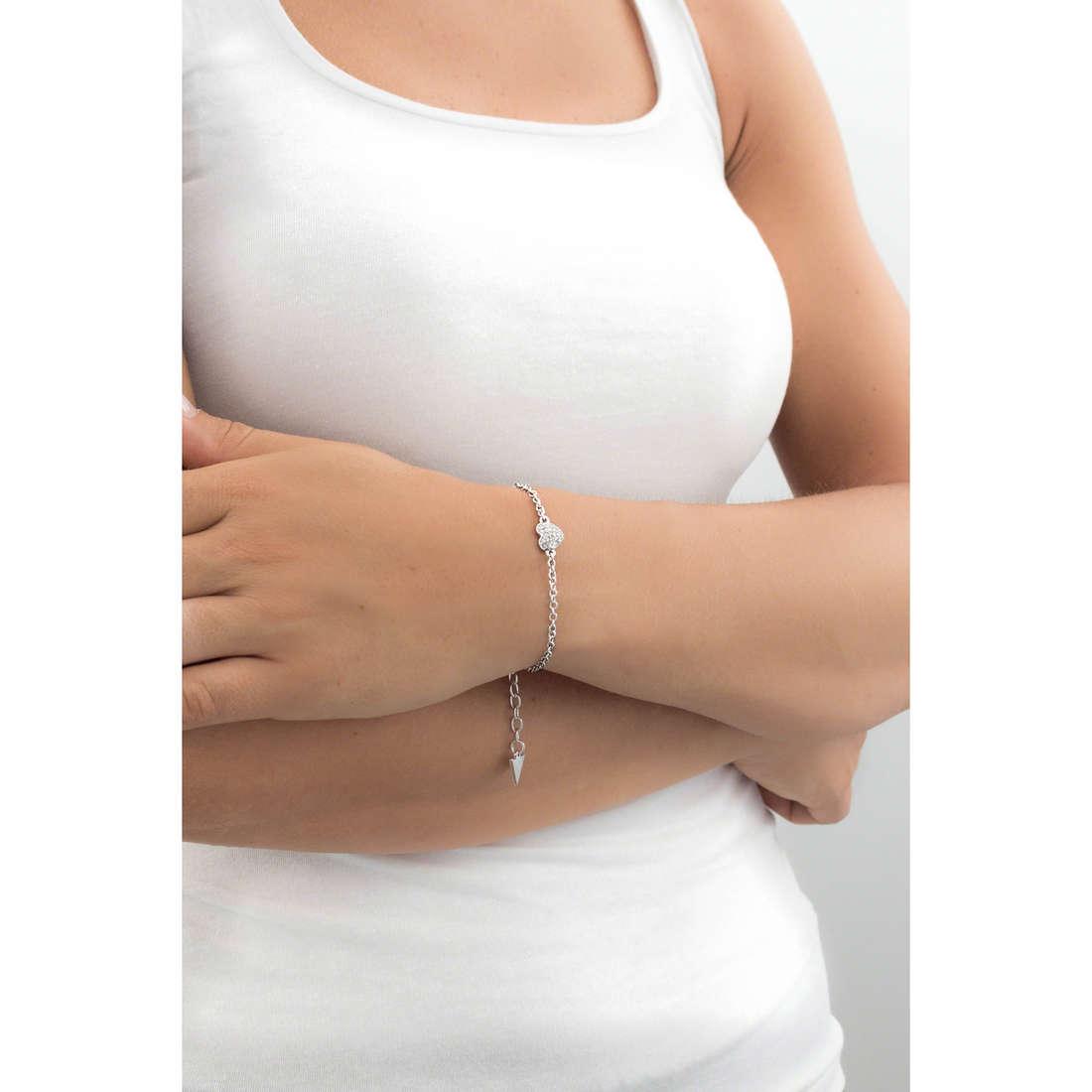 Guess bracelets Heartshelter woman UBB71518-S indosso