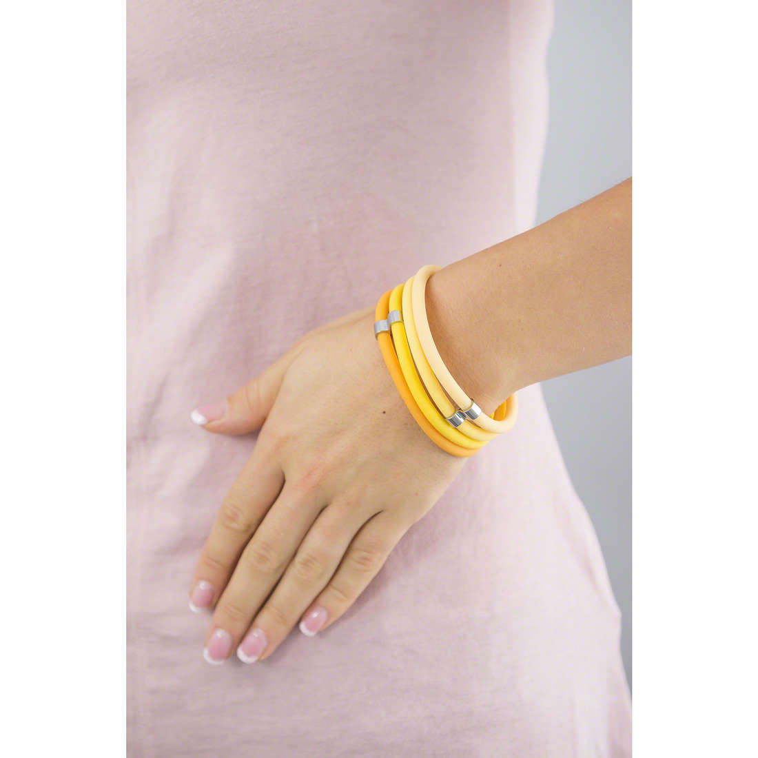 Hip Hop bracelets Happy Loops woman HJ0106 indosso