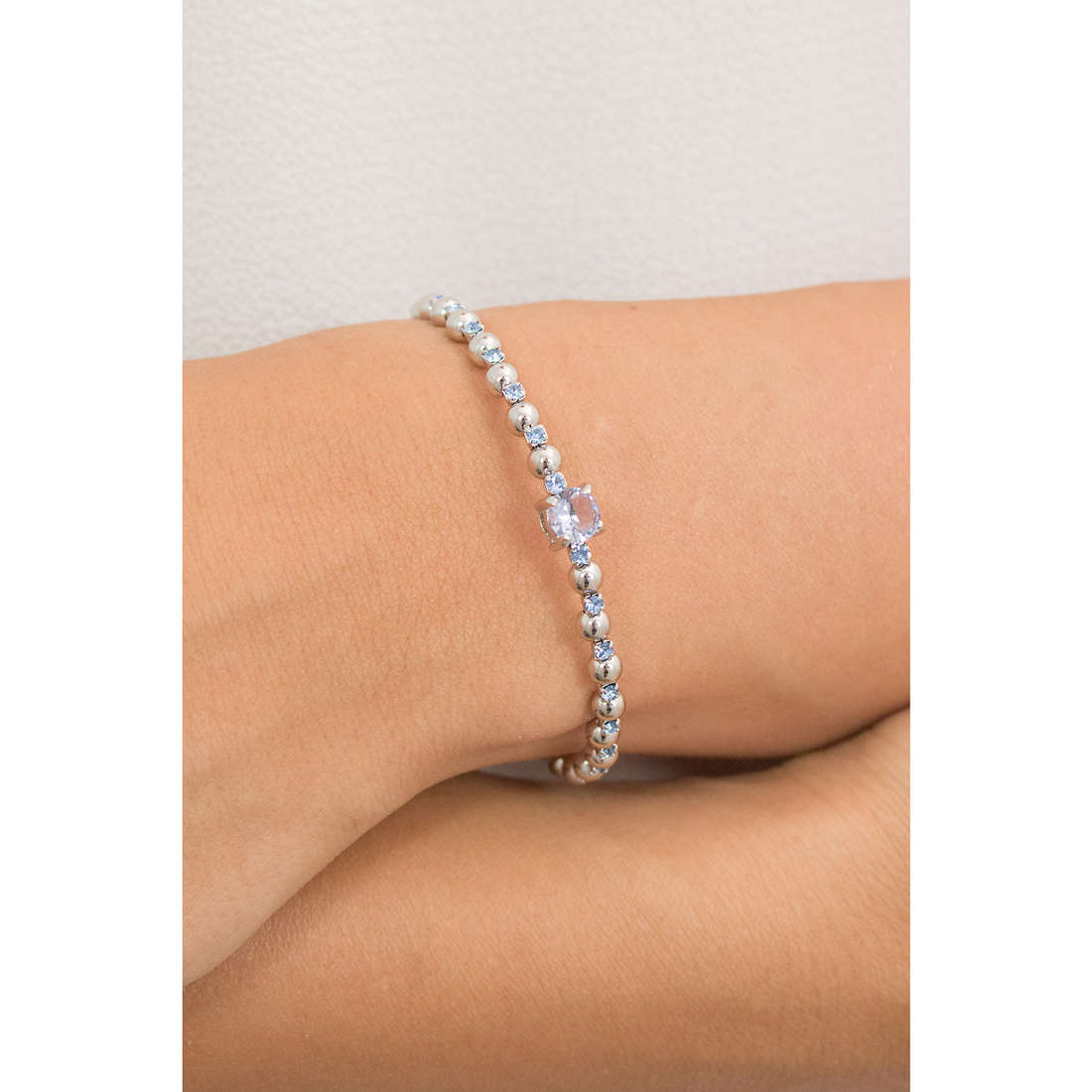 Luca Barra bracelets woman LBBK1345 indosso