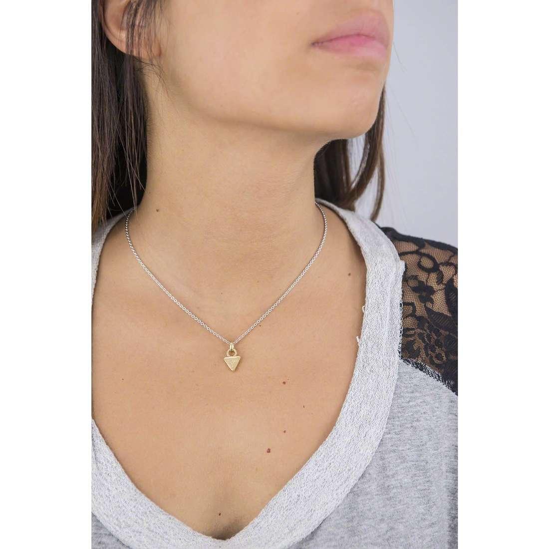 Guess collane donna UBN61102 indosso