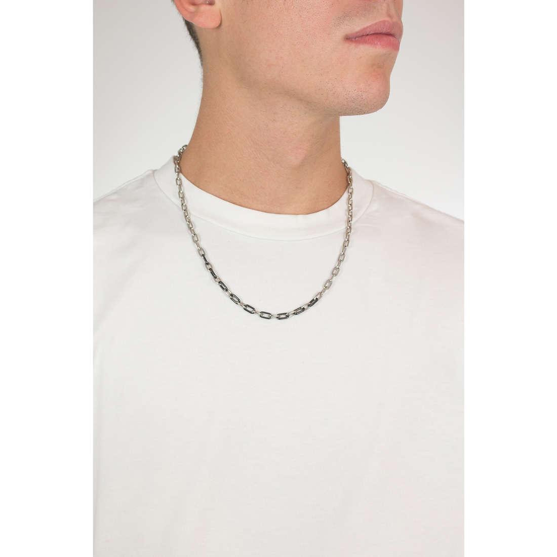 Morellato collane Cross uomo SAHU02 indosso