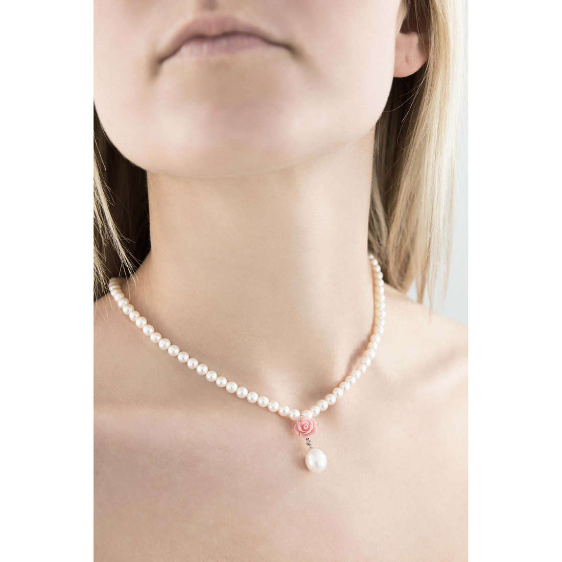 Comete colliers Romantica femme FWQ 164 indosso