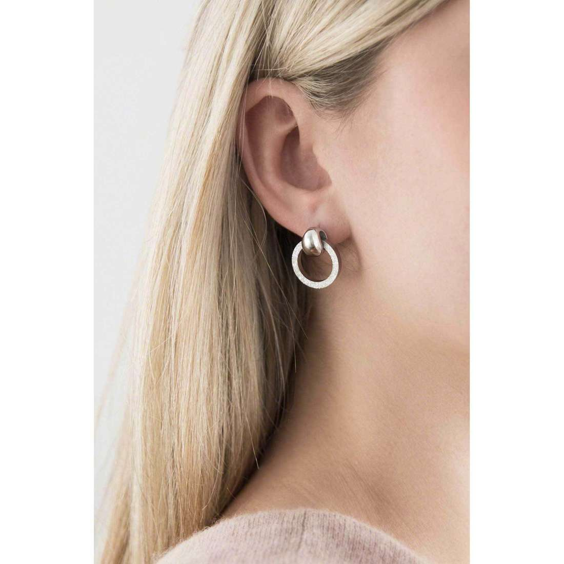 Breil earrings Breilogy woman TJ1691 indosso