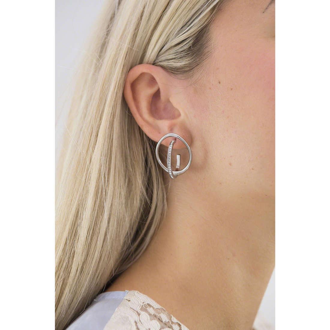 Breil earrings Mezzanotte woman TJ1900 indosso