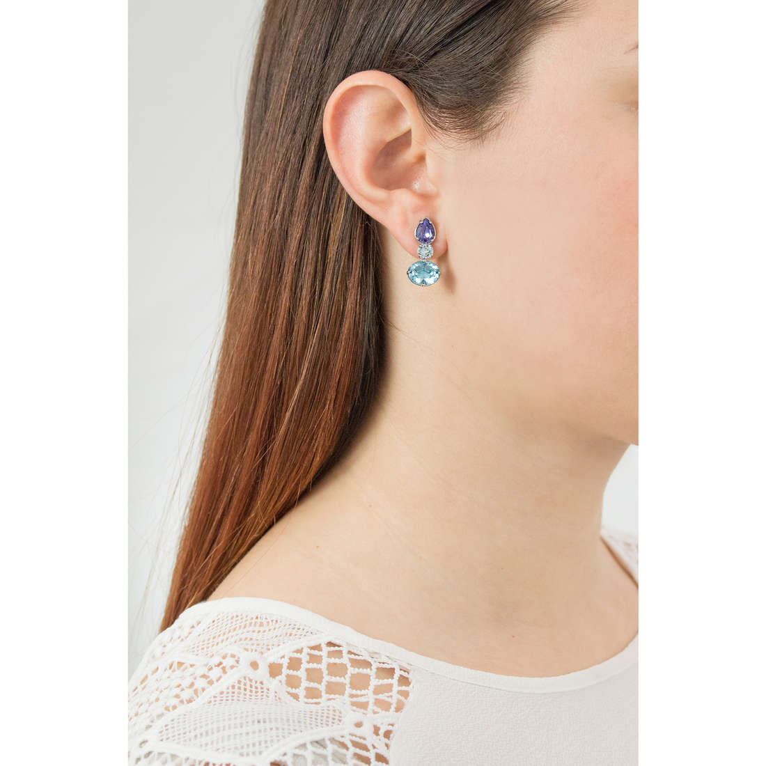 Brosway earrings Affinity woman BFF27 photo wearing