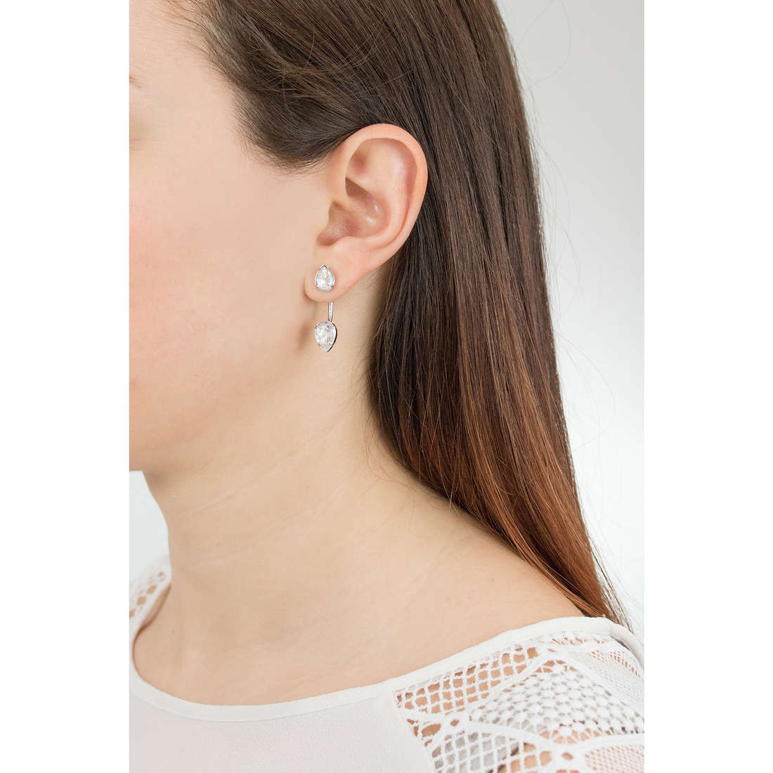 Brosway earrings Affinity woman BFF30 indosso