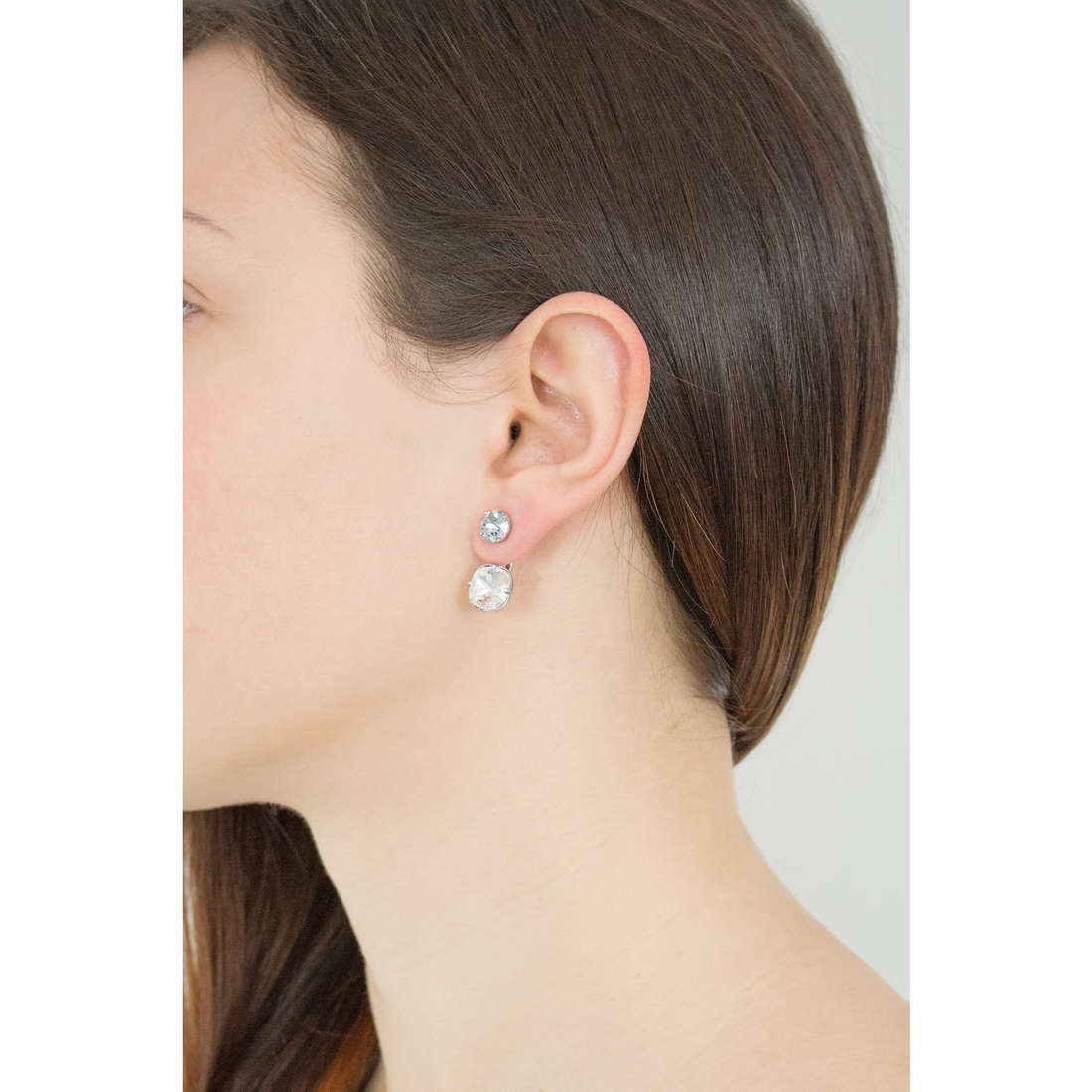 Brosway earrings Affinity woman BFF46 photo wearing