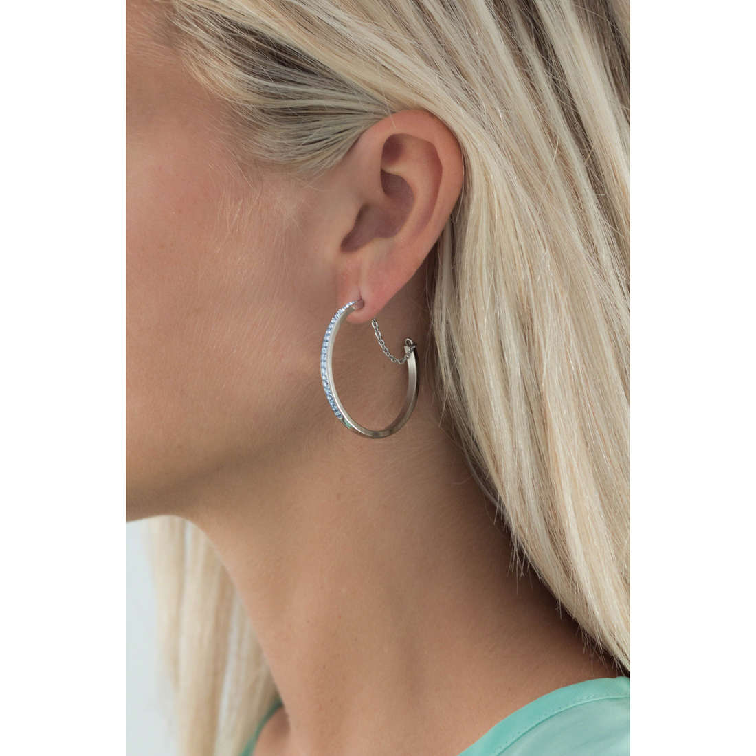 Brosway earrings Btring woman BER27 indosso
