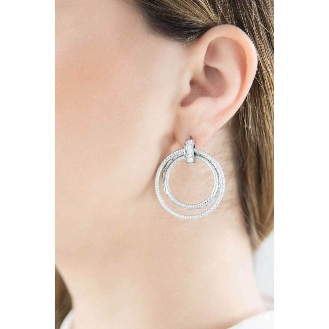Brosway earrings Falling Star woman BFG21 indosso
